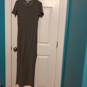 grey t shirt maxi dress